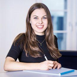 Sekretärin / Sachbearbeiterin Helena Flores, Luzern