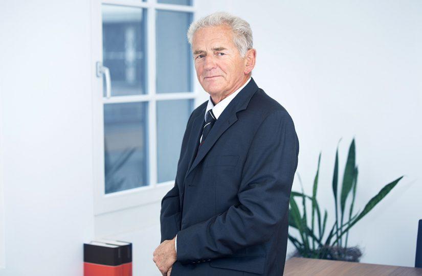 Rechtsanwalt und Notar lic. iur. Hans Scherrer, Hochdorf